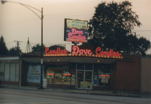 The original Dove's Ice Cream and Candies. (Gone.) Chicago Illinois. September 1987. by Eddie from Chicago