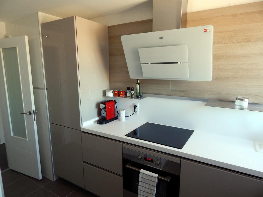 Muebles de cocina modelo 4030 - Campanas de cocina de cristal ...