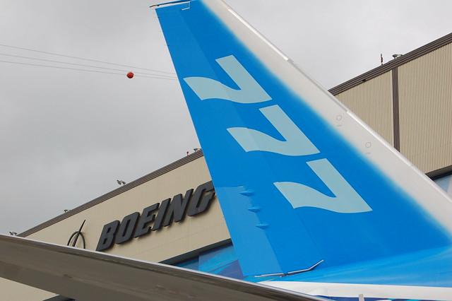 Boeing 777F N5020K