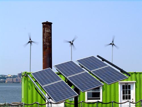 紐約市屋頂上的太陽能板。(圖:David Reeves)