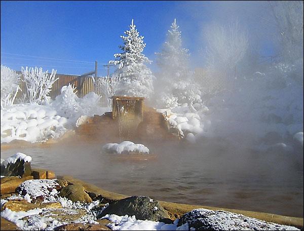 Orvis_island_pond_Winter