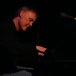Bruce Hornsby performing at the 2008 Holiday Cheer for 'FUV Concert  Photo by Jeff Fasano