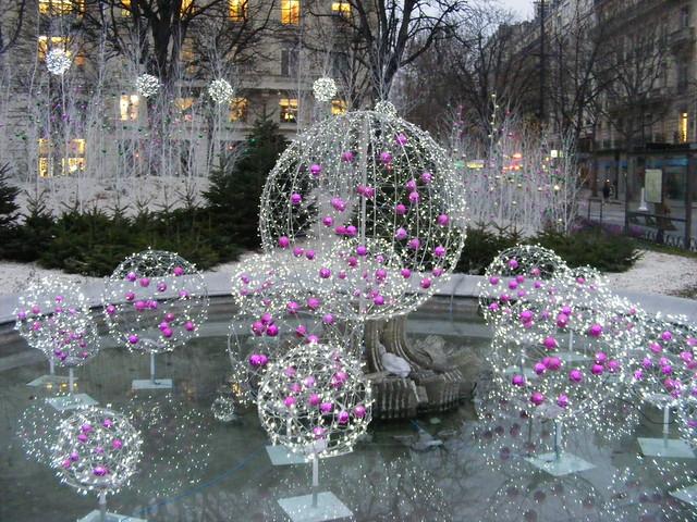 Christmas, Rond Point des Champs-Élysées