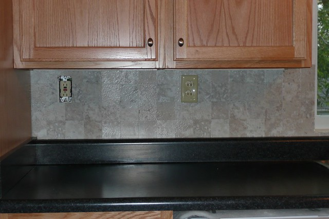 vinyl tile backsplash only this part is done however do
