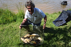 Roger wins the match with 43lb from Moss Lake.