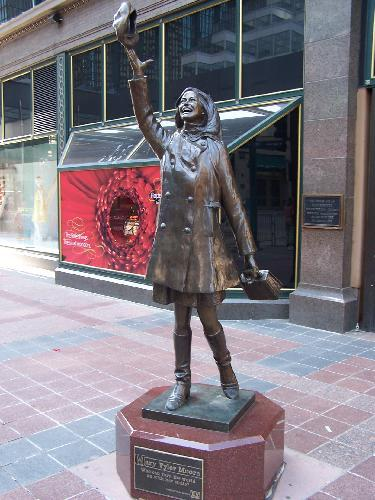 Mary Tyler Moore Statue | Flickr - Photo Sharing!