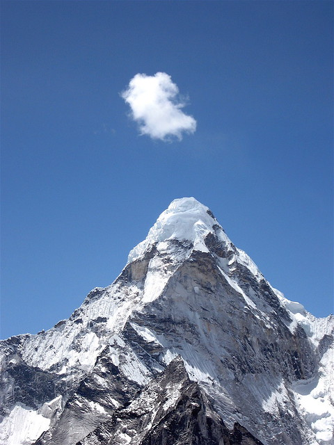 Lonely cloud on Ama Dablam