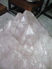 plastic wrap(0.0), floor(1.0), sodium chloride(1.0), mineral(1.0), flooring(1.0),