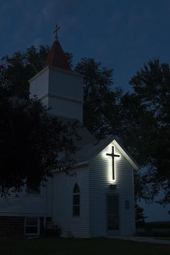 sunset church minnesota worship neon christ cross dusk jesus christian glowing christianity lutheran mn protestant jesuschrist redeemerlutheranchurch goodthunder goodthundermn