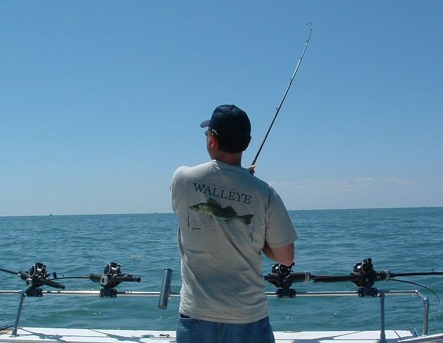Lake erie walleye fishing monroe michigan a photo on for Lake erie pier fishing
