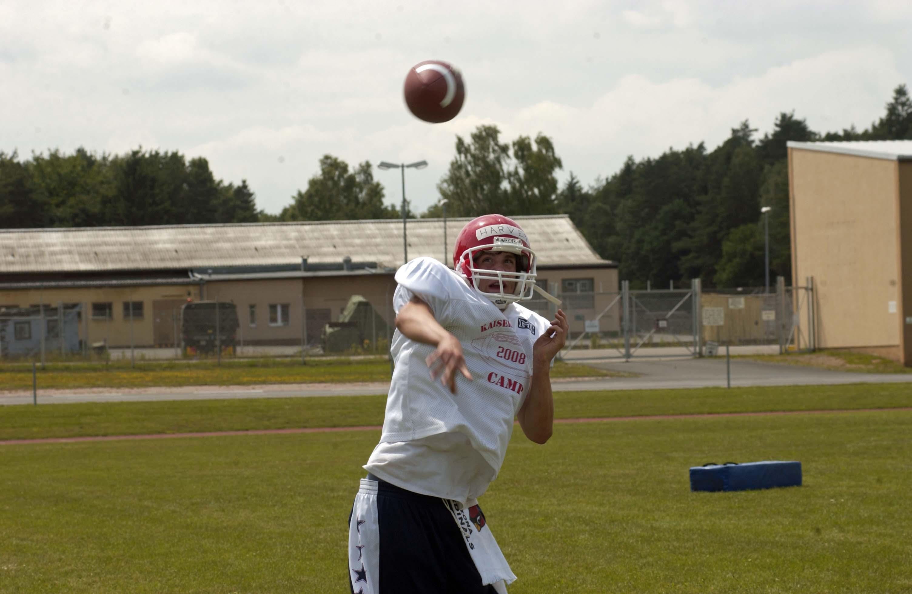 2008 Football Camp Kaiserslautern Quarterback Throws The
