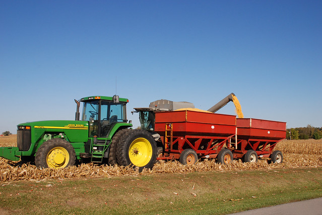 Garden Tractor Wagon : Tractor and grain wagons flickr photo sharing