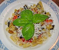 spaghetti(0.0), penne(0.0), produce(0.0), carbonara(0.0), pasta salad(1.0), salad(1.0), vegetarian food(1.0), pasta(1.0), food(1.0), dish(1.0), cuisine(1.0),
