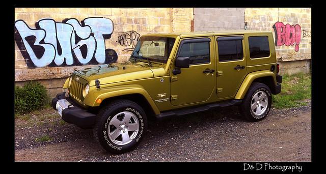 2008 jeep wrangler rescue green