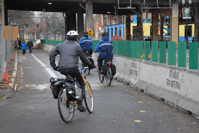 Separated bike-walk lane on Naito-2