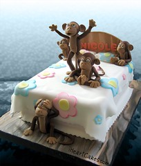 5 Little Monkeys Jumping on the Bed Cake - iHeartCakes