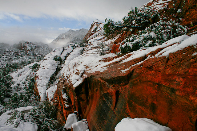 snow canyon, snow