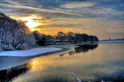morning winter newyork sunrise aperture longisland hdr photomatix 3exp canon40d patchgouelake