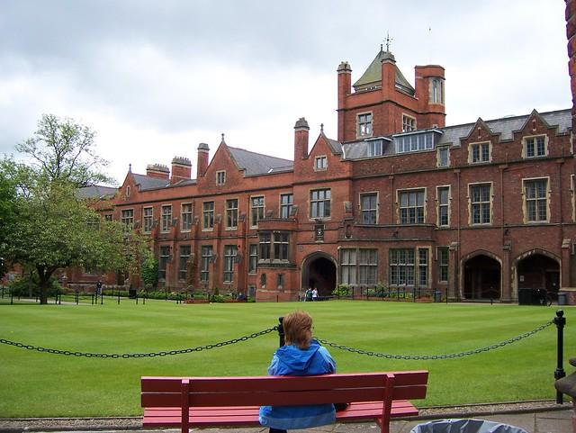 052 -Universidad de Belfast
