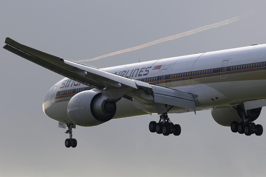 9V-SWM - B77W - Singapore Airlines