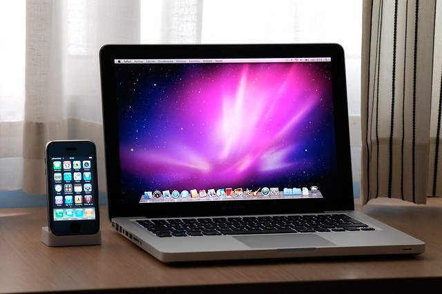 Macbook Pro 13'' + iPhone