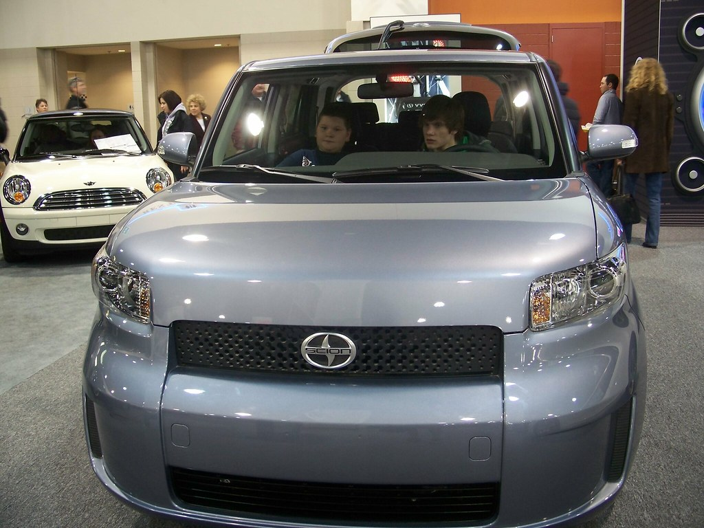 Scion xB 003