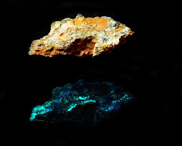 Header of jarosite