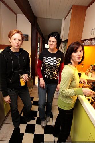 kat & rachel supervise juls' work in the kitchen