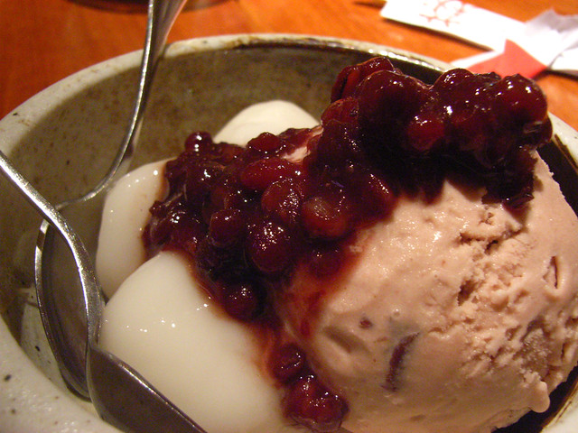 Red bean ice cream, mochi, azuki @ Sake Bar Hagi | nycrumbs ...