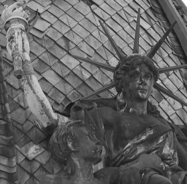 Statue of Liberty. Lviv, Ukraine. (Статуя Свободи. Львів, Україна)