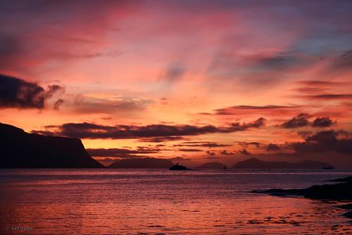 sunset sea clouds boats glow endoftheday runde hareid abigfave tueneset notasunrise larigan phamilton betterthangood notthebeginning notthemorning