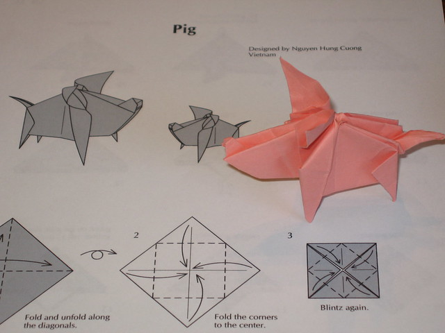 Pig designed by Nguyen Hung Cuong of Vietnam - Folded by bkwebb