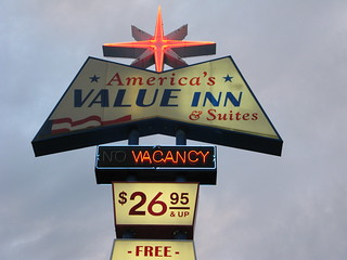 America's Value Inn Neon Sign Route 66