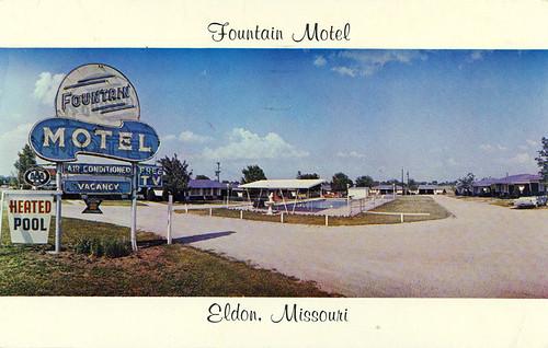 Fountain Motel Postcard