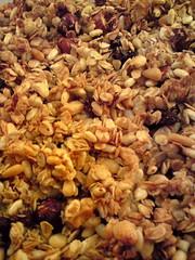 produce(0.0), granola(0.0), cereal(0.0), snack food(0.0), breakfast cereal(1.0), meal(1.0), breakfast(1.0), food(1.0), dish(1.0), muesli(1.0),