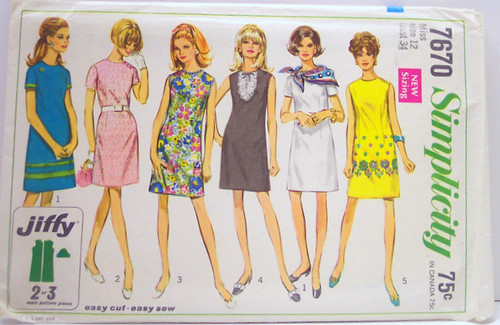 Simplicity 7670 Vintage 60's Sewing Pattern Mod A-line Dress