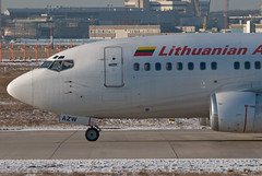 Lithuanian Airlines Boeing 737-5Q8 LY-AZW (28224)