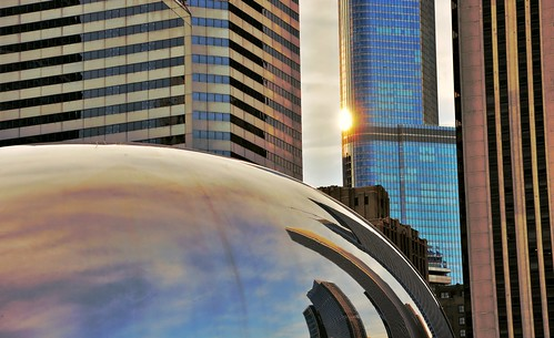 chicago reflections illinois nikon midwest skyscrapers cityscapes sunsets milleniumpark trumptower thebean hdr pinoy urbanscapes travelphotography d90 chicagolandmarks setholiver1