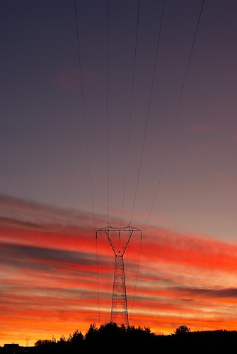 morning red sky orange beautiful lines silhouette norway clouds sunrise landscape power powerline mast electicity svelvik bildekritikk