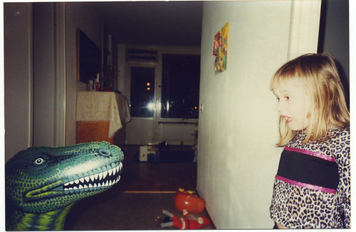 Ella and the dinosaur