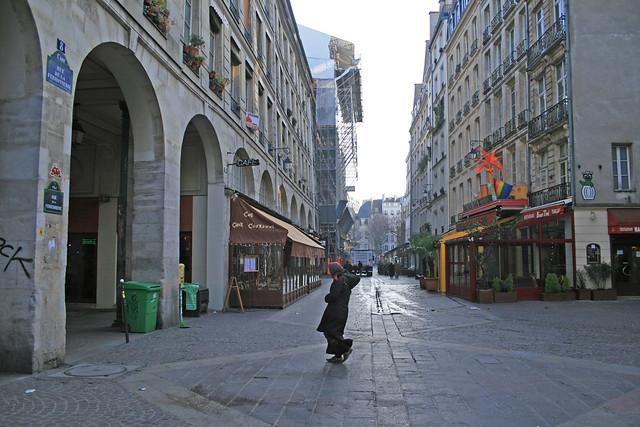rue de la ferronnerie paris france flickr photo sharing. Black Bedroom Furniture Sets. Home Design Ideas