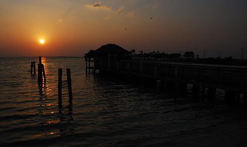 sunset sea cloud sun birds dock nikon florida reflexions 18200vr d80 platinumphoto aplusphoto