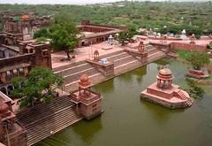 चम्बल का वैभव: धार्मिक स्थल मचकुण्ड