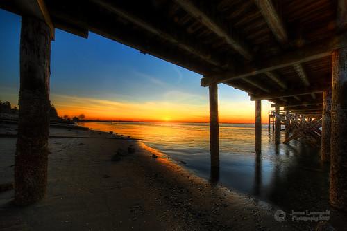 sunset beach geotagged pier bravo homeless under boring crescentbeach hdr foreclosure blackiespit janusz leszczynski 2232 specland citrit geo:lat=49059343 geo:lon=122883754