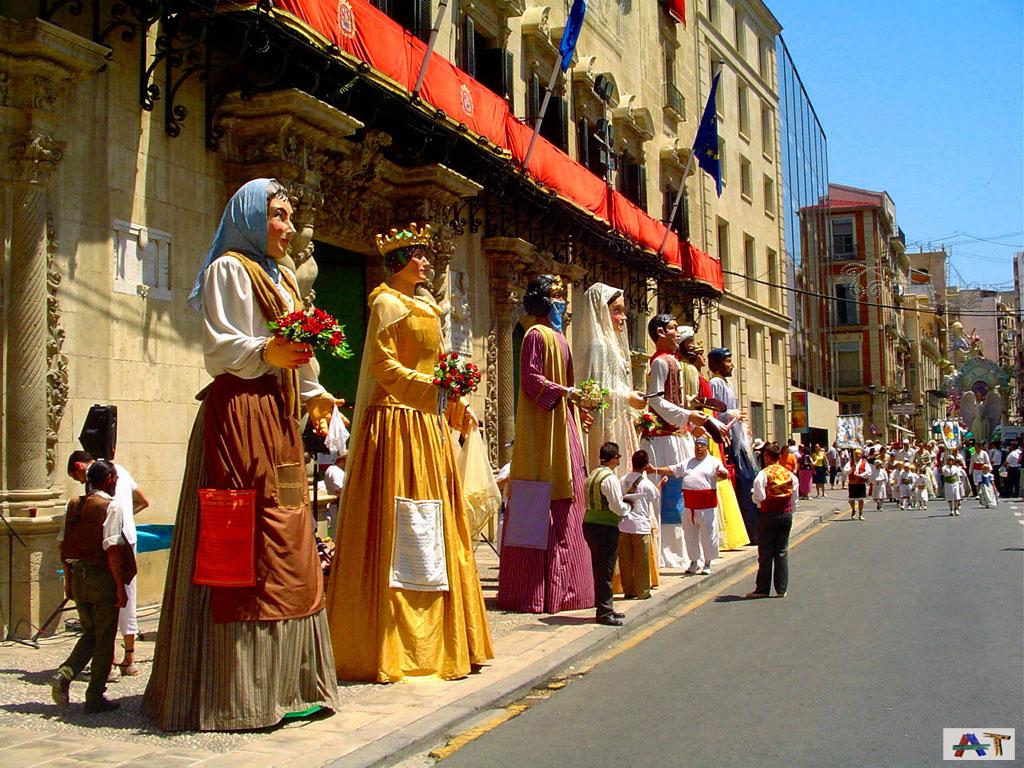 Gigantes en el Ayuntamiento en Hogueras (2007)