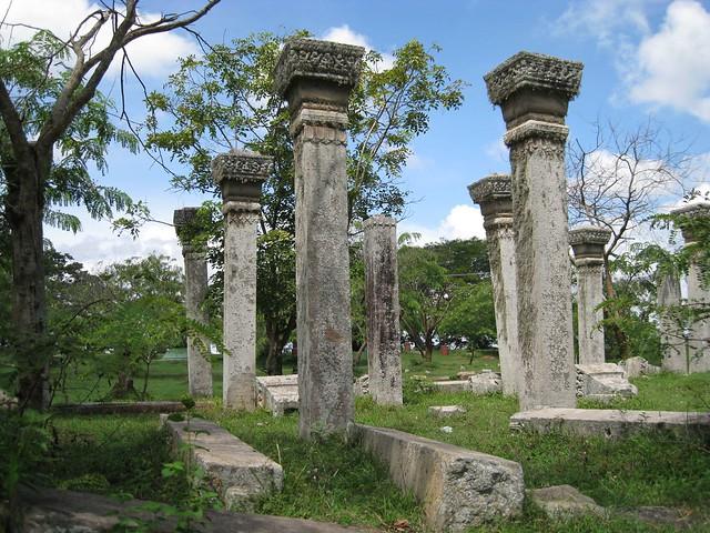 Ancient Stone Pillars : Ancient stone pillars flickr photo sharing