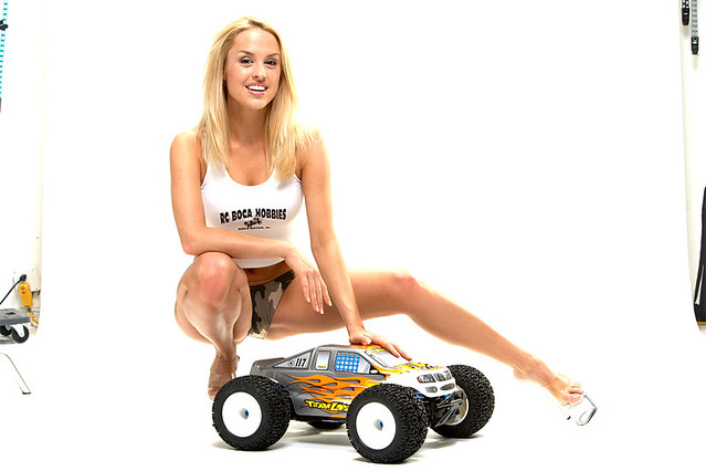 Auto RC-Girls - Page 3 3487978385_f9a4aea28d_z
