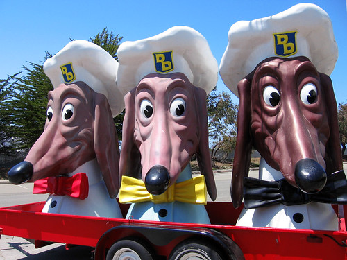doggie diner heads on TI