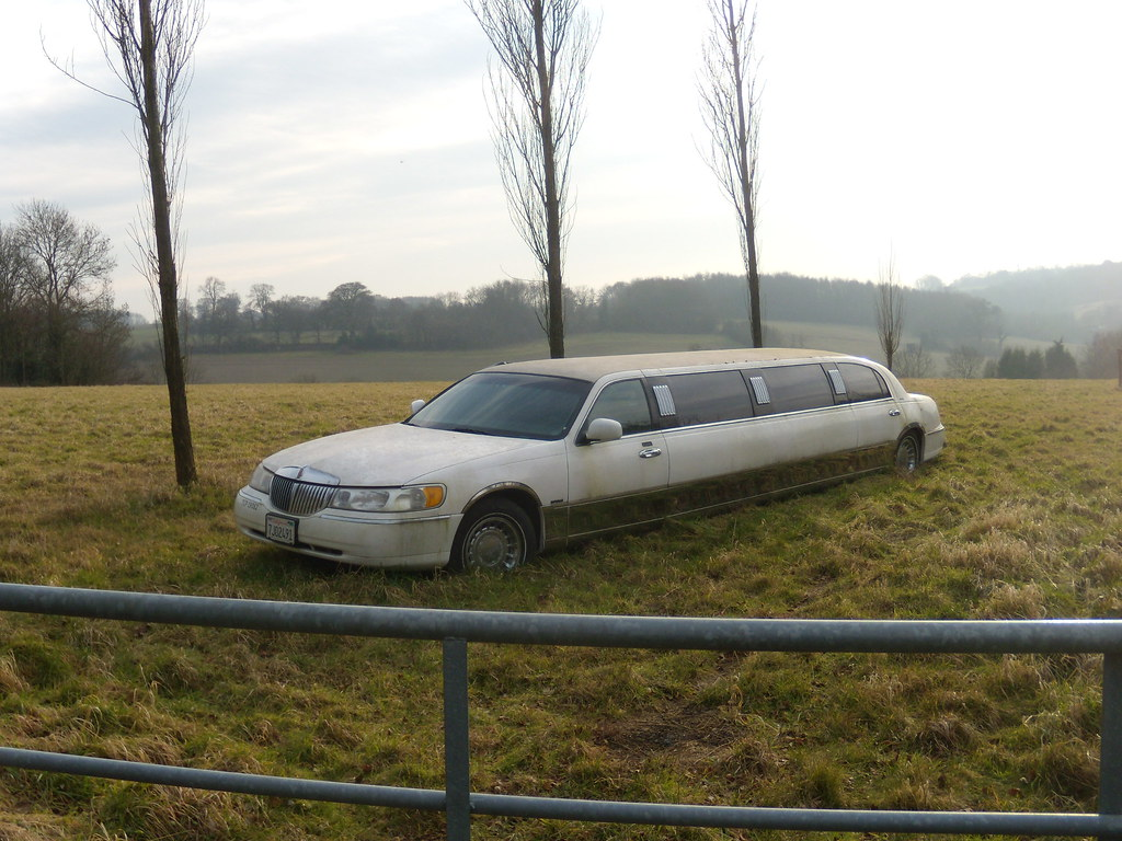 Car in a field Riddlesdown to Kingswood