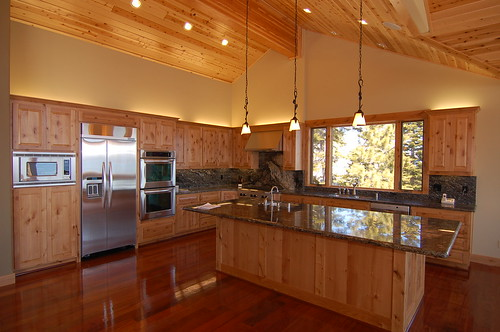 Kitchen wall colors cherry cabinets paint color wooden for Brazilian cherry kitchen cabinets